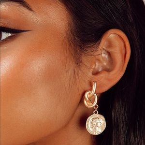 ✨Brand New Knot Coin Earrings